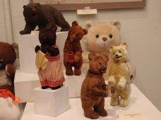 В Севастопольском художественном музее открылась выставка «Про медведя – хозяина русского леса»