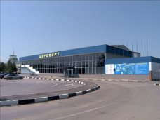 С 3 по 12 мая ветеранов, прилетевших в Крым самолётами, бесплатно доставят на такси в любую точку Крыма