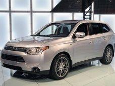 Mitsubishi обновила линейки моделей Outlander и L200