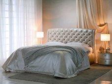 Качественная кровать. Место для отдыха и стильный предмет интерьера