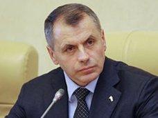 Владимир Константинов поддержал принятие в первом чтении законопроекта о запрете продажи на территории Республики слабоалкогольных тонизирующих напитков