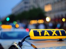 Сервисом такси пользуются все чаще