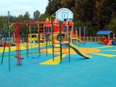 В Крыму открыли первую спортивную площадку с синтетическим покрытием