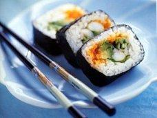 Что любят украинцы из японской кухни, и где заказать быструю доставку суши в Киеве?