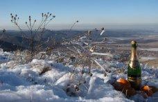 Новый год по-крымски: пещеры, горы, конные прогулки и сноуборд